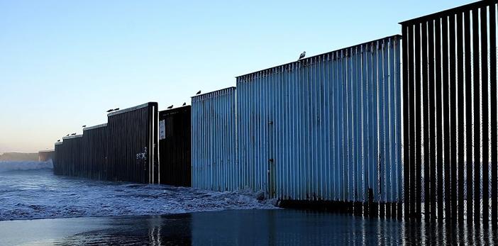 Los muros en la frontera que ya existian antes de Trump (FOTOS)