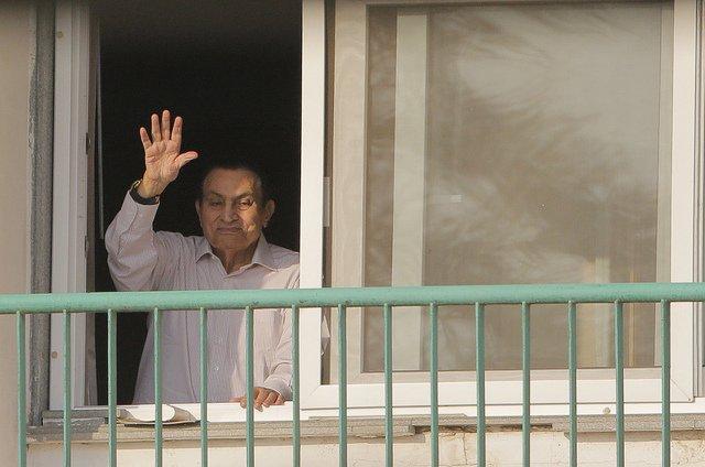 Tras 6 años de prisión, liberan a Hosni Mubarak