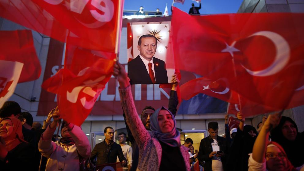 Tras dos años de purgas Turquía levanta el estado de emergencia