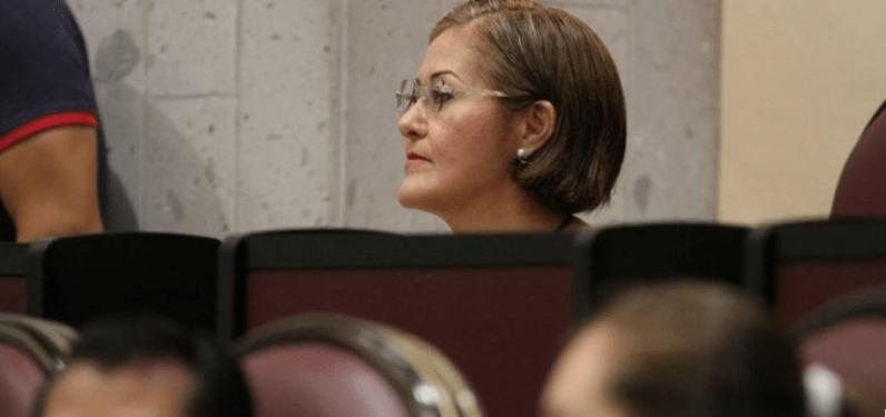Tras videoescándalos, Eva Cadena retoma su curul en el Congreso de Veracruz