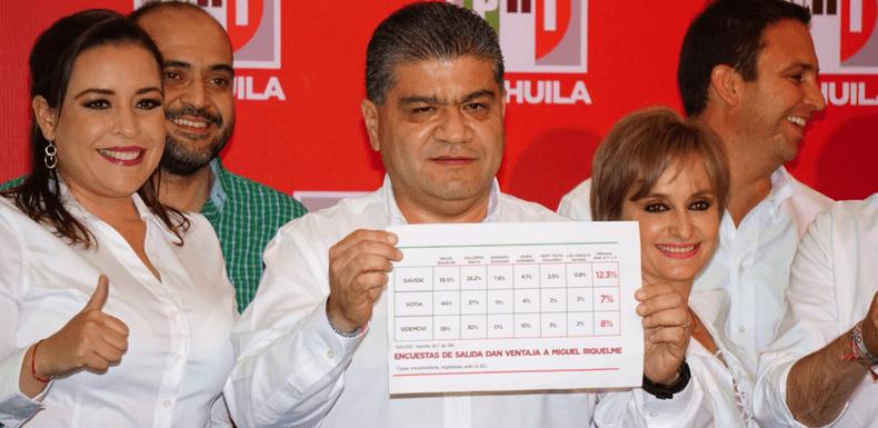 """Tribunal multa a Riquelme y al PRI por """"monederos rosas"""""""