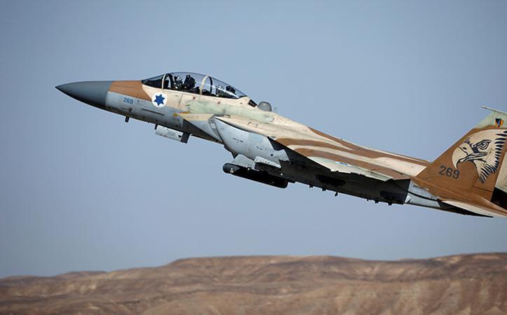 La Fuerza Aérea de Israel ataca a tropas sirias