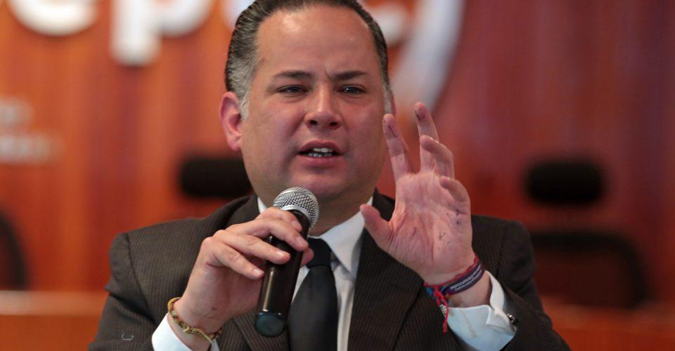 Tras exhibir a Lozoya y perseguir a Duarte, echan a jefe de Fepade