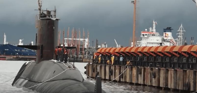 Reportan explosión tras pérdida del submarino argentino