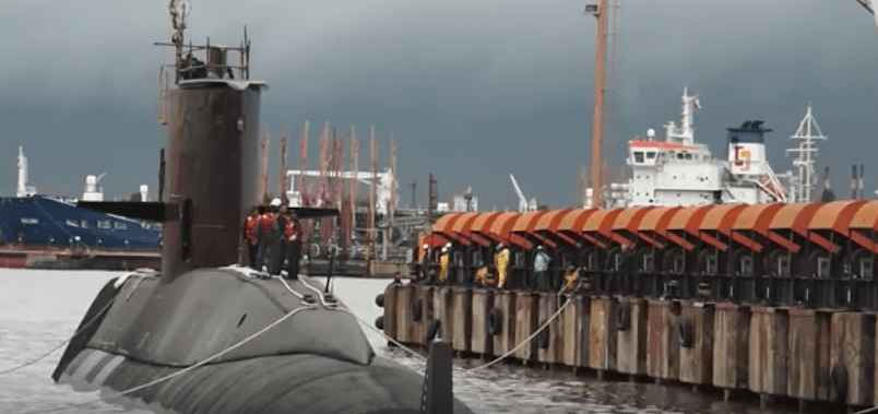 Desaparece un submarino argentino (VIDEOS)