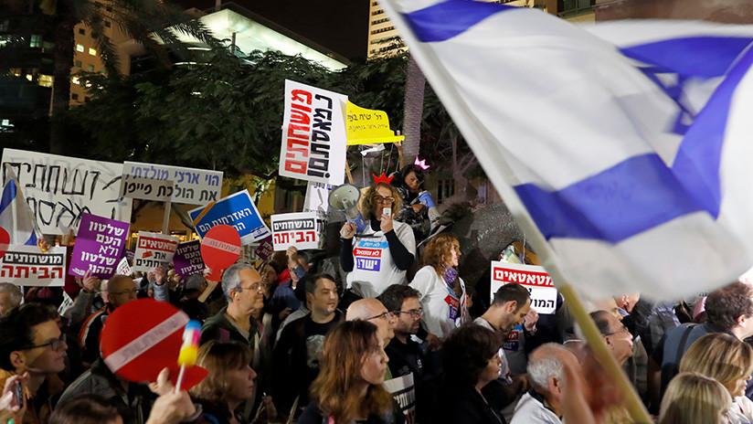 Israelíes exigen renuncia de Netanyahu por corrupción