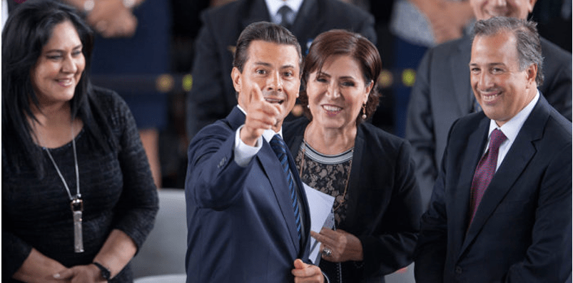Senadores de oposición piden a Peña separar a Rosario Robles de su cargo