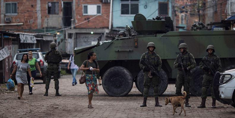 Senado avala intervención militar en Río de Janeiro