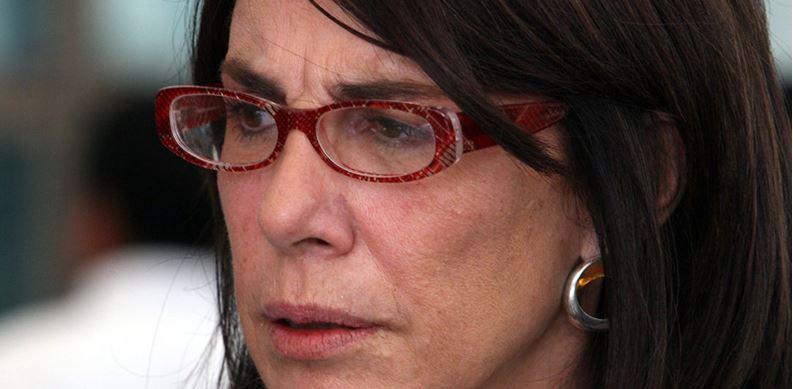 """Con nombres, """"saquemos del cuarto oscuro el acoso"""": Sabina Berman"""