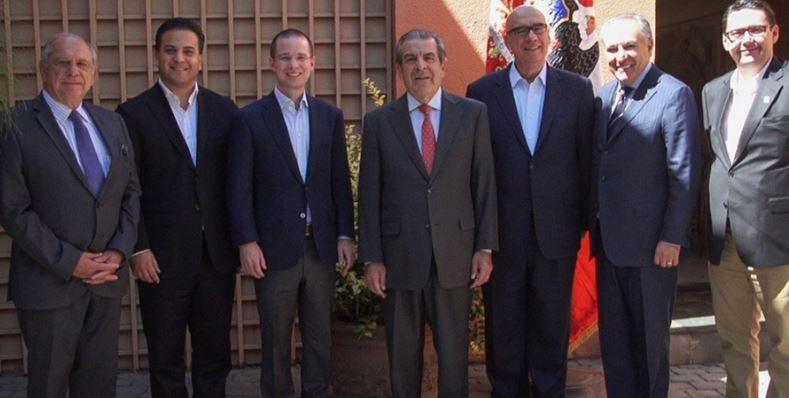 Ahora Anaya se toma la foto con ex presidentes chilenos