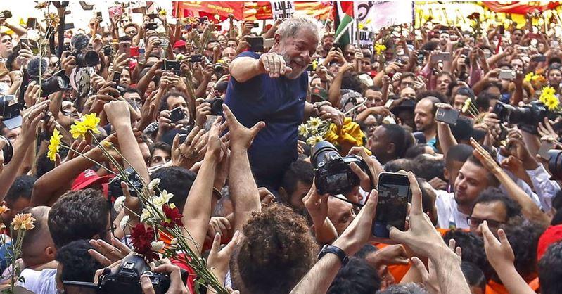 Corte Suprema falla contra juez que encarceló a Lula