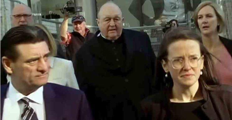 Condenan a arzobispo por encubrir casos de pedofilia