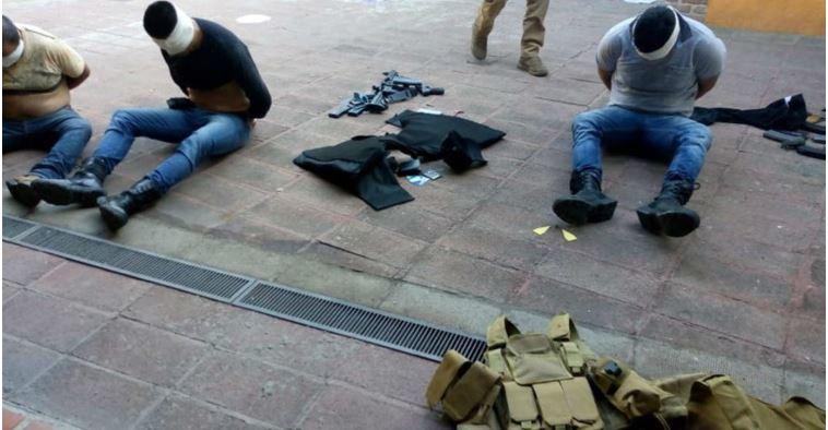 Ataque al exfiscal de Jalisco Luis Carlos Nájera deja 7 heridos (VIDEO)