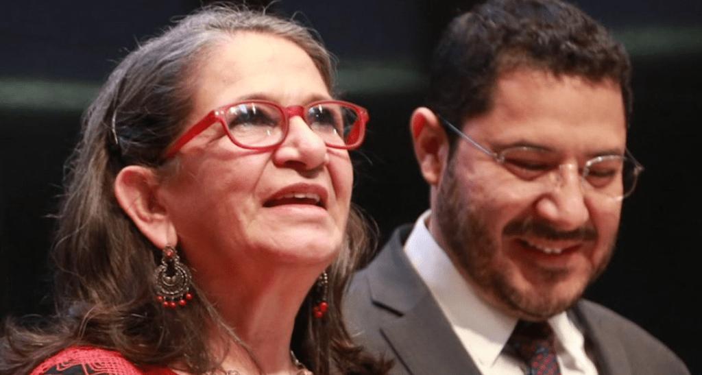 """La activista católica María Consuelo García Piñeros recibe la medalla """"Elvia Carrillo"""""""