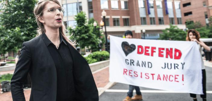 Manning a prisión por negarse a declarar contra Assange