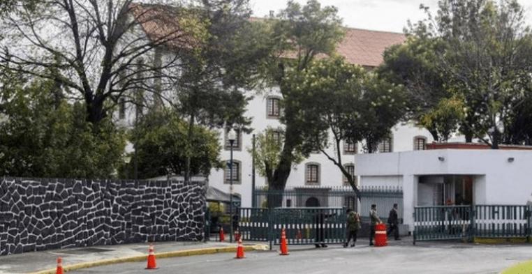 A remate, mansiones presidenciales de Acapulco y Cozumel