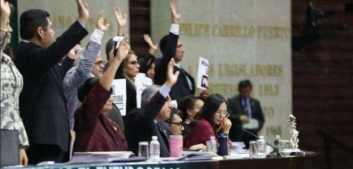 Aprueban diputados llevar a la SCJN controversia sobre sueldos del INE