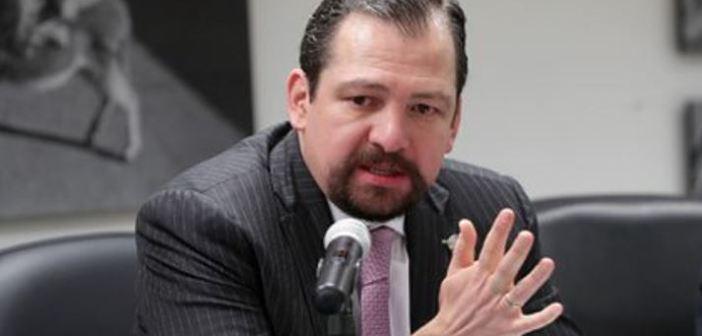 Presidente del TEPJF acusa violación al proceso de Macedonio