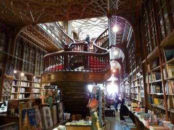 libreria-lello-e-irmao-oporto-2