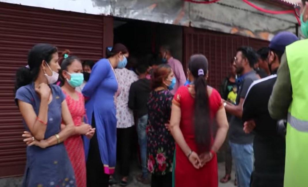 काठमाण्डौंमा फेसवुक लाइभ गरेर एक युवतीले गरिन देह'त्याग (भिडियो)