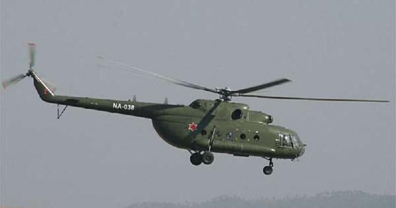 सिन्धुपाल्चोक भीषण पहिरो, हेलिकप्टरबाट उद्धार टोली जाँदै