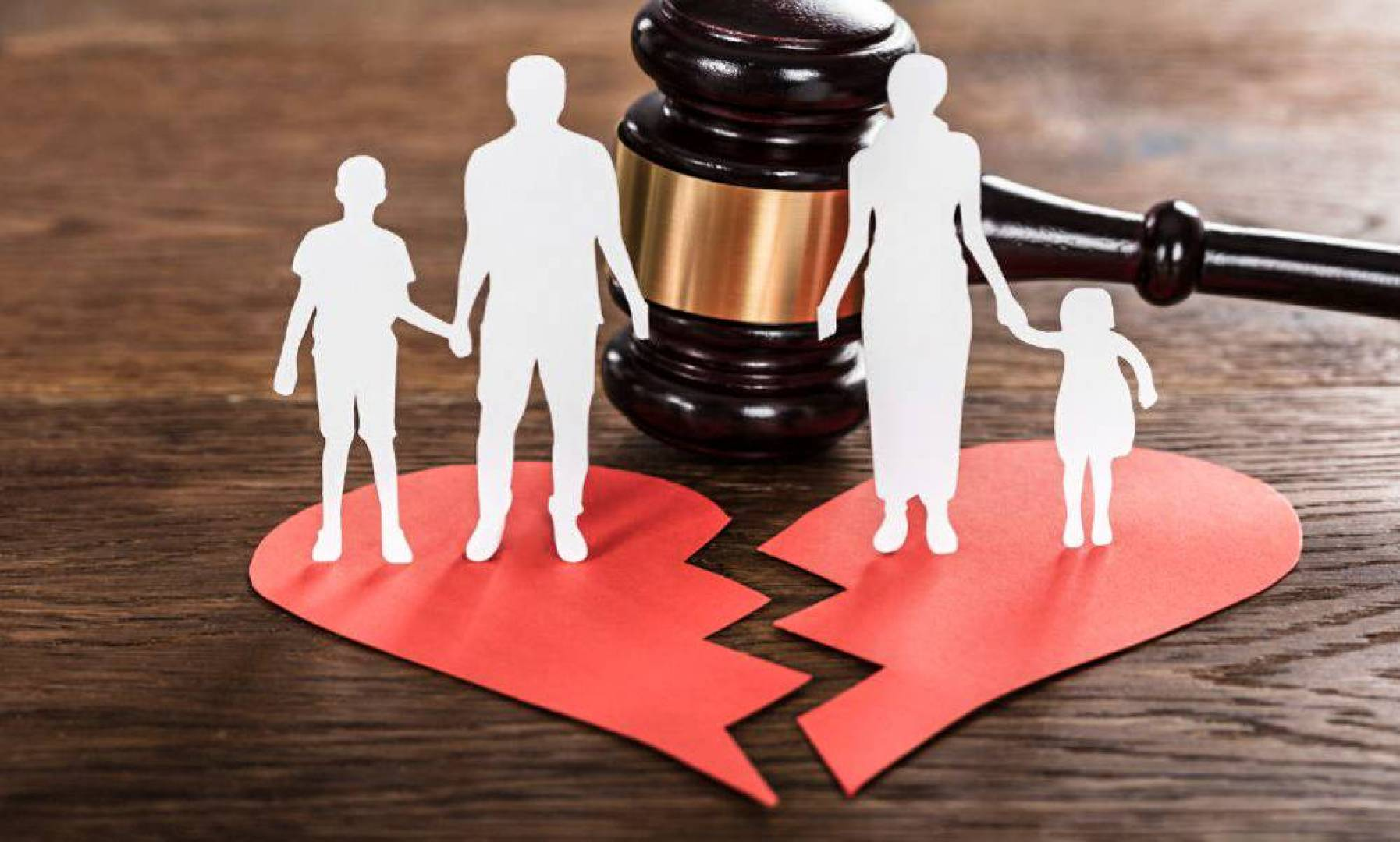 बिदेशबाट पठाइएको रकमको पत्नीले हिसाब बुझाउन नसक्दा सम्बन्ध-विच्छेद