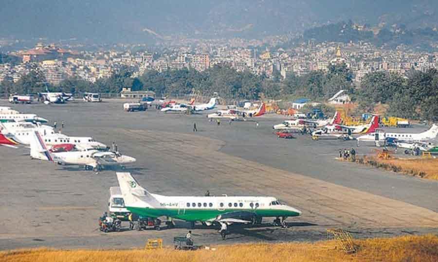 आन्तरिक उडानमा ५० प्रतिशत यात्रु राख्नुपर्ने नियमबाट पछि हट्यो सरकार