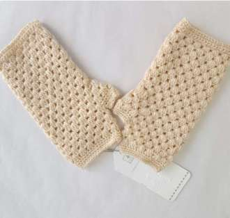 Mittens in Ivory