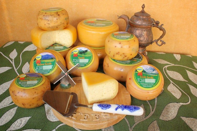 natural artisan gouda and cheddar cheese made fresh in the Himalayas of Kashmir, India