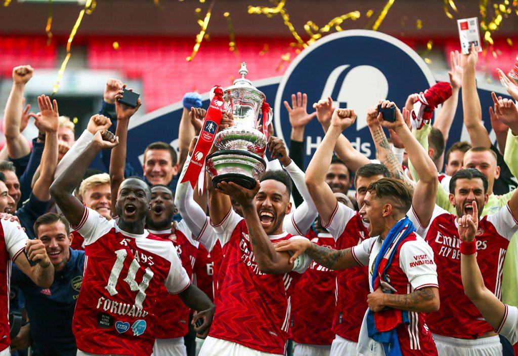 FA Cup: Arsenal beat Chelsea to win title