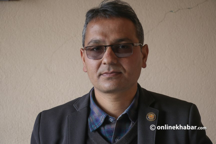 After adjournment of the hearing, advocate Aryal handed over a letter to all the judges