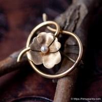 WRE-12金真珠菫の花アンティーク・ブローチ