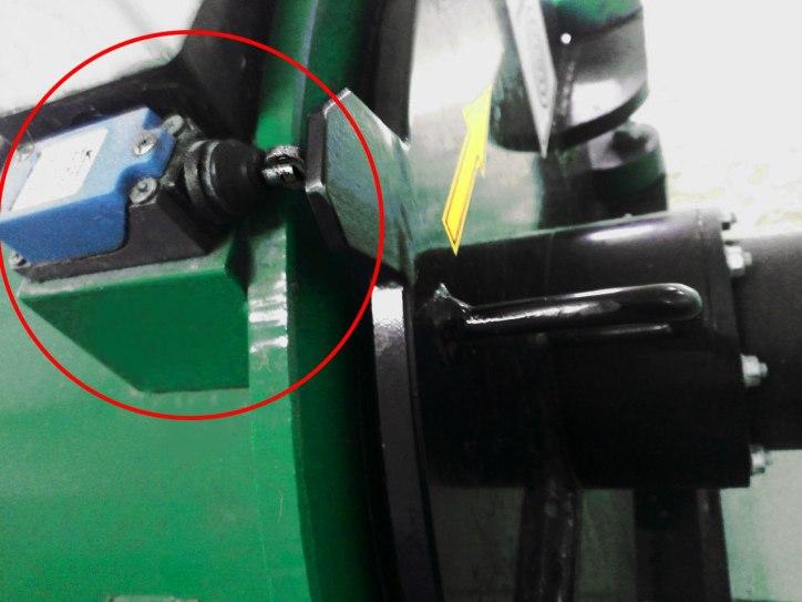электро-концевой выключатель открывания двери