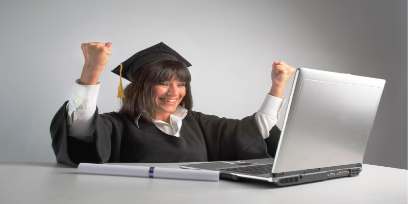 Сервисы по совместной покупке знаний позволяют в складчину приобретать пользователям интернета различные образовательные продукты в электронном виде: книги, видеоролики, курсы личностного роста и много чего еще.