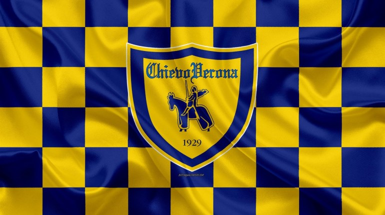 ac-chievoverona-4k-logo-creative-art-yellow-blue-checkered-flag-himnode.com