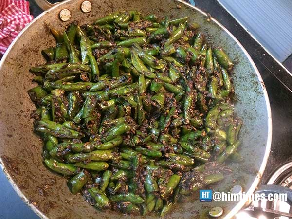 green-chilli-pickle-fried-chillies