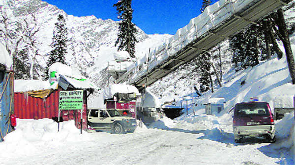 Rohtang tunnel at Sissu