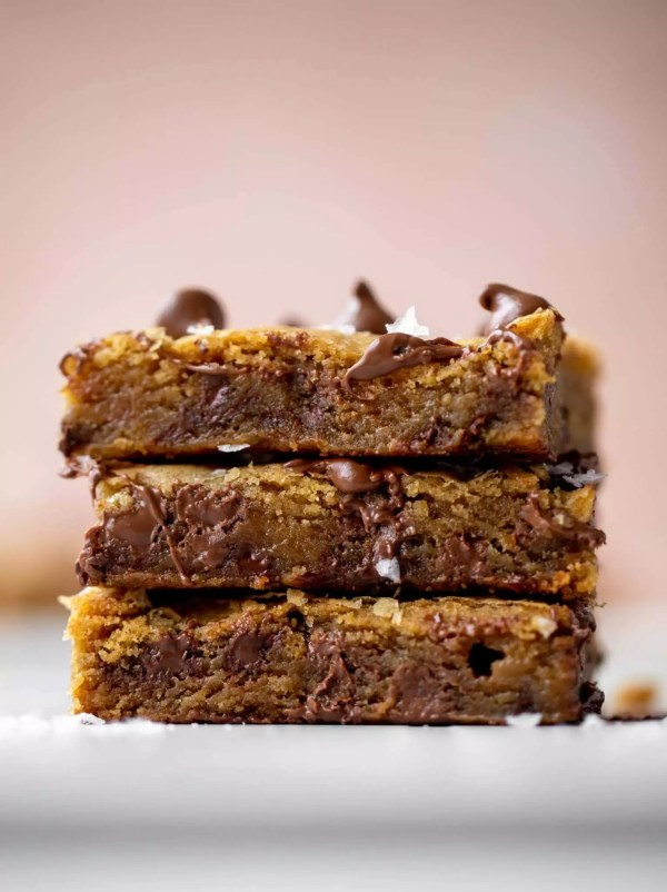tasty chocolate chip cookie bars