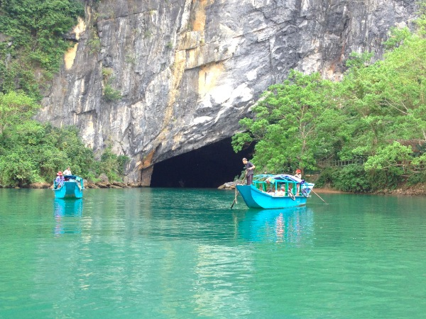 Entrance to Phong Nhu Cave