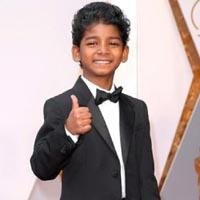 स्लम एरिया से निकला ये बच्चा, कैसे Hollywood स्टार बन गया ? Sunny Pawar की पूरी कहानी