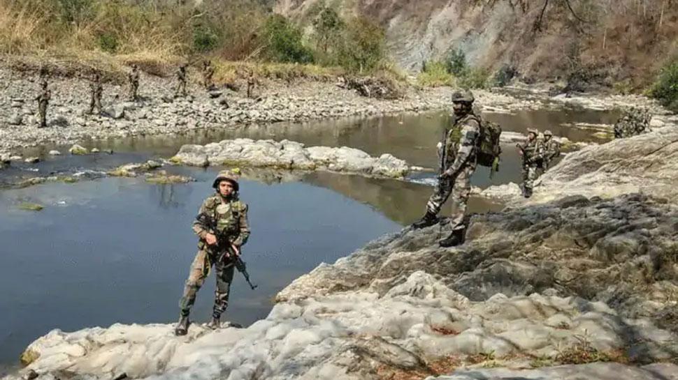 भारत-चीनी सैनिकों के बीच कमांडर स्तर की चर्चा कल, चीन की सीमा में होगी मीटिंग