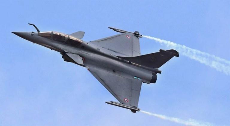 इंतजार हुआ खत्म! फ्रांस के एयरबेस से आज भारत के लिए उड़ेंगे 5 राफेल विमान