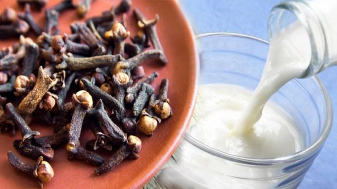 health news Clove and milk drink very beneficial for men health know her  Clove and milk Benefits bmrp | Clove and milk Benefits: लौंग और दूध का इस  तरह सेवन करने से