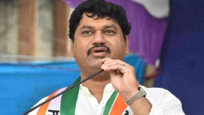 Maharashtra: Dhananjay Munde पर दूसरी पत्नी ने लगाया बच्चों को बंधक बनाने का आरोप