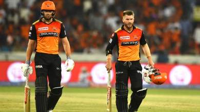 IPL 2021 टलने के बाद कई विदेश खिलाड़ी भारत में फंसे, देखिए पूरी लिस्ट