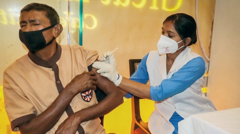 Even after getting the vaccine, Corona is not scared, big disclosure in ICMR research