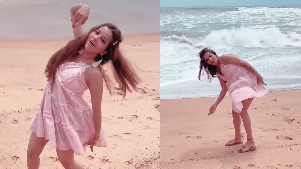 Monalisa shows off her dance moves on the beach in short dress, VIDEO becomes VIRAL    Monalisa shows off her dance moves on the beach in short clothes, VIDEO becomes VIRAL