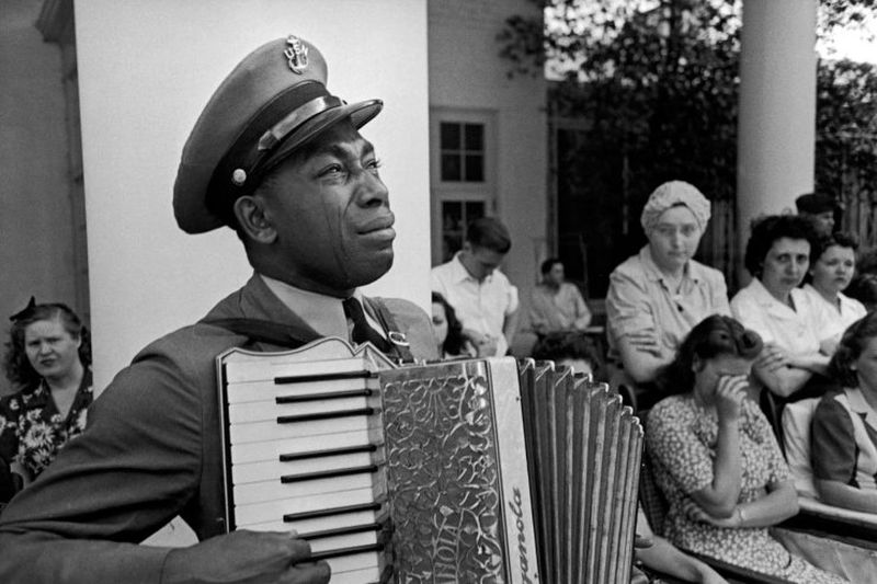 the-life-magazine-photo-of-u-s-navy-officer-graham-jackson-a-friend-of-president-roosevelt-playing-at-his-funeral-april-1944