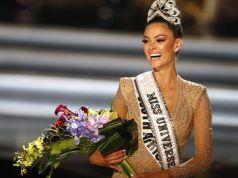 दक्षिण अफ्रीका की डेमी-ले नेल-पीटर्स ने जीता मिस यूनिवर्स 2017 का खिताब|