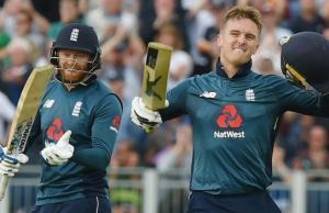 पांच वनडे मैच की सीरीज में इंग्लैंड 4-0 से आगे, ऑस्ट्रेलिया को मिली चौथे वनडे हार
